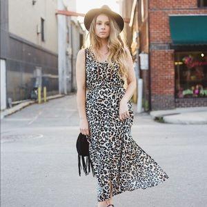 Leopard sleeveless dress